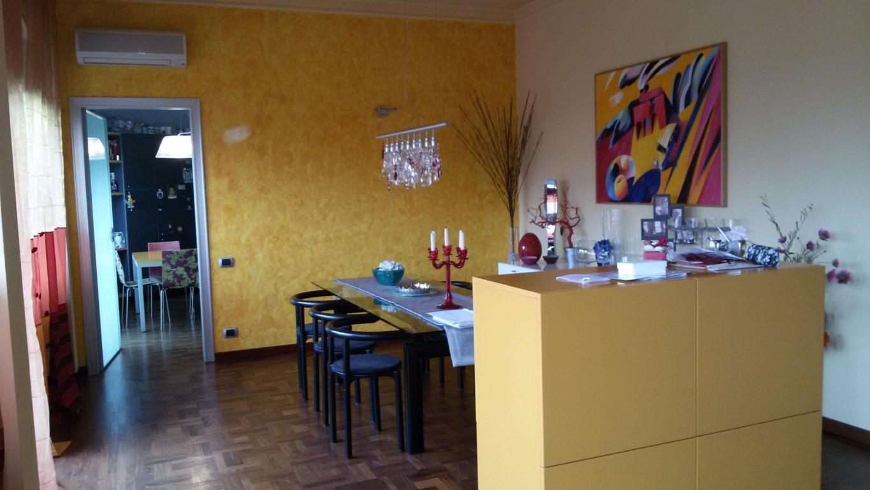 88c appartamento molto ampio con finiture di prestigio for Piani di casa molto ampia
